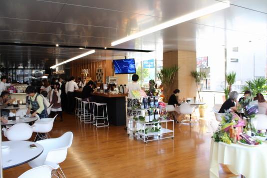 防災新館 オープンカフェ