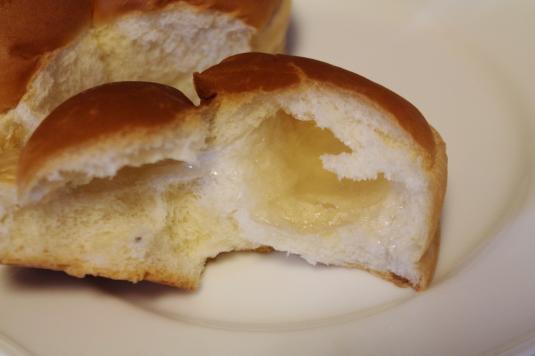 ローソン 山梨パン 富士3色パン 中