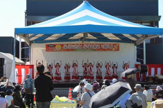 昭和町ふれあい祭り ステージ フラダンス