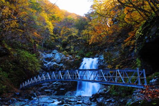 紅葉 石空川渓谷 一の滝 橋