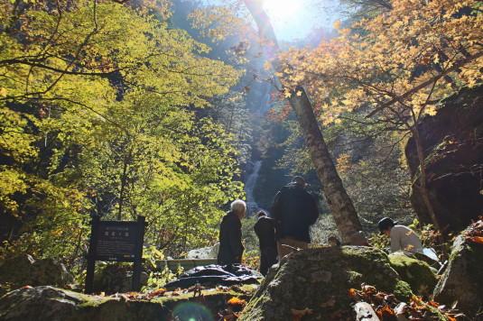 紅葉 石空川渓谷 滝見台