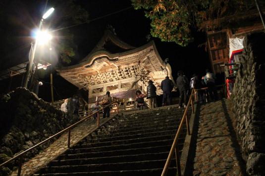 高尾穂見神社例大祭 階段