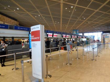 ペルー2014.1成田空港デルタ航空カウンター
