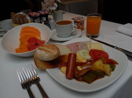ペルー2014.1ホテルリベルタドール朝食