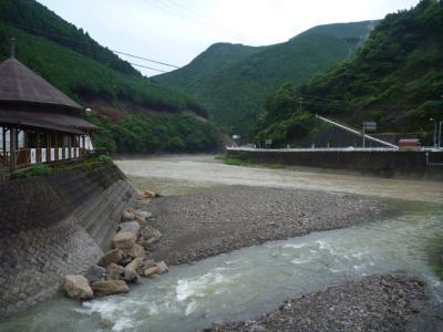 20120814 古道館と富田川