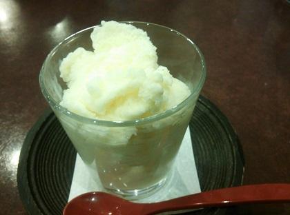 食べるミルクセーキ001