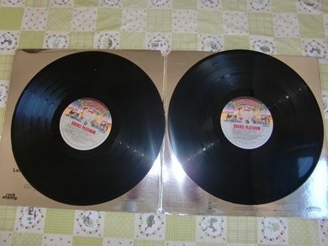 2枚組のレコード