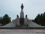 ルンピニー公園・銅像