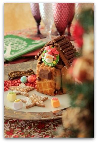 クリスマス お菓子の家 (2)