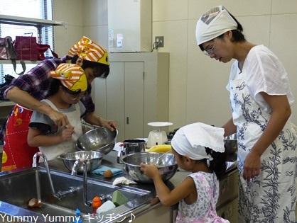 亥の子谷2012夏休み親子クッキング♪様子3