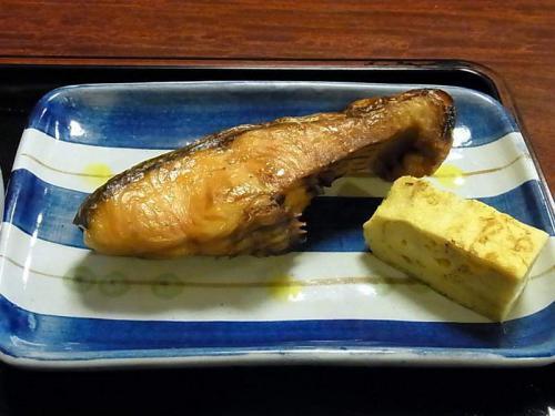 新巻鮭の塩焼き