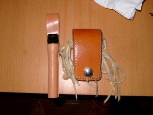 マグライトと携帯ケース