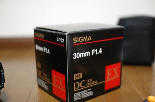 sigma 30mm f1.4