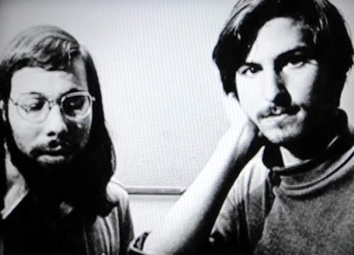 Apple1Story_01.jpg