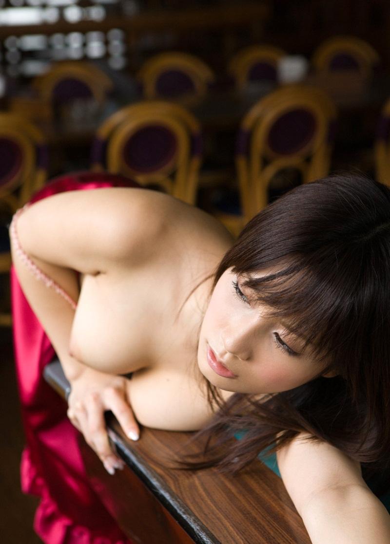 【No.2263】 Nude / 小島みなみ