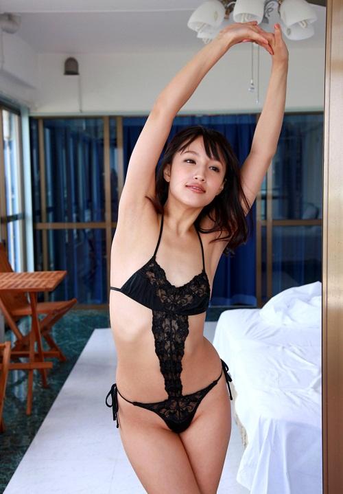 【No.3869】 伸び / 青山ローラ