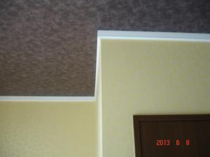 フラッシュなしのリリカラLW-7731(天井面)、LY14013(壁面)