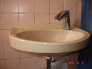 交換取付前のセンサー水栓