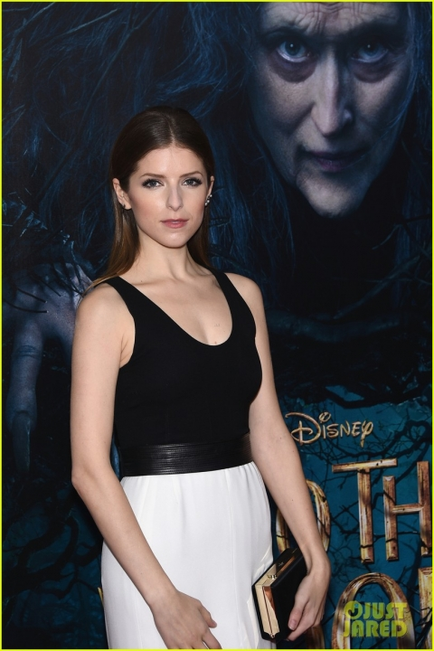 anna-kendrick-into-the-woods-premiere-01.jpg