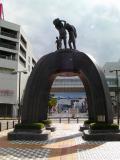 JR鶴岡駅 米俵を担ぐ人の像