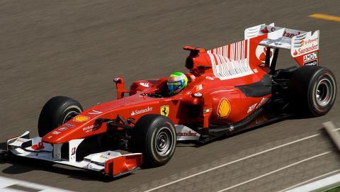 800px-Felipe_Massa_Ferrari_Bahrain_2010_GP_convert_20121111070135.jpg