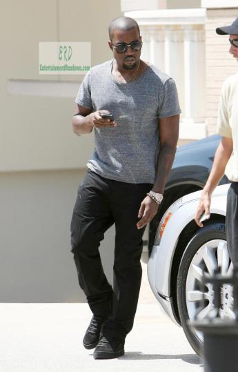 Kanye-West-Barneys-656x1024.jpg
