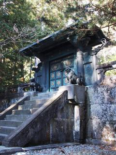 日光東照宮 奥宮宝塔の門