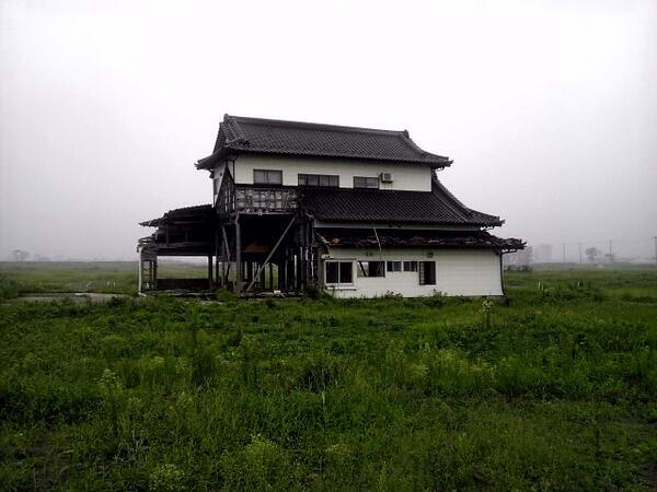 仙台空港付近の被災地