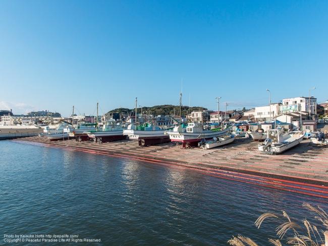 爽やかな秋の腰越漁港 [A] SS1/500 F8.0 ISO100
