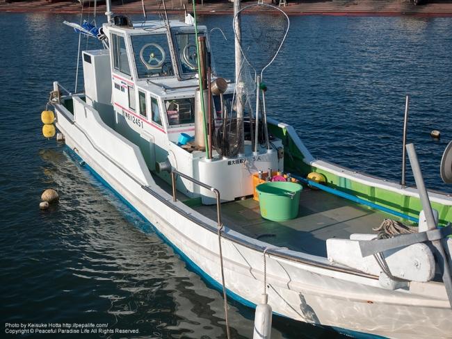 腰越漁船 [A] SS1/5000 F2.8 ISO100