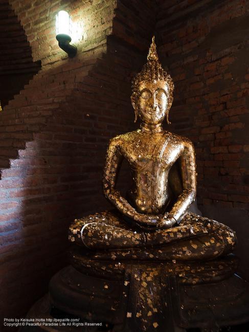 ワット・ヤイ・チャイ・モンコン(Wat Yai Chaya Mongkol)の仏像