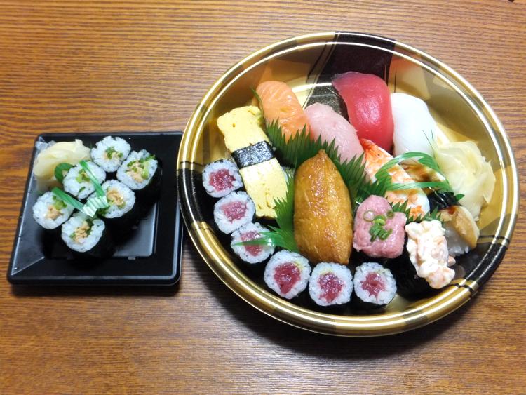 銀のさらのお寿司