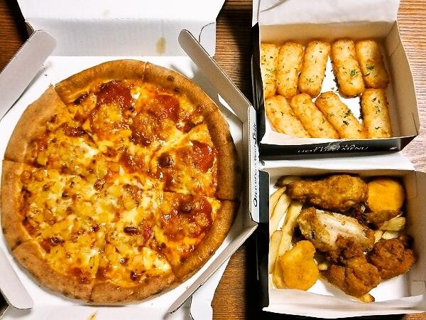 ピザーラのピザとポテト