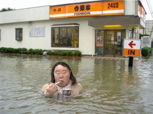 Flooding is not a reason to be upset 36 photos 34